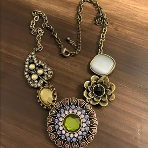 Vintage style necklace